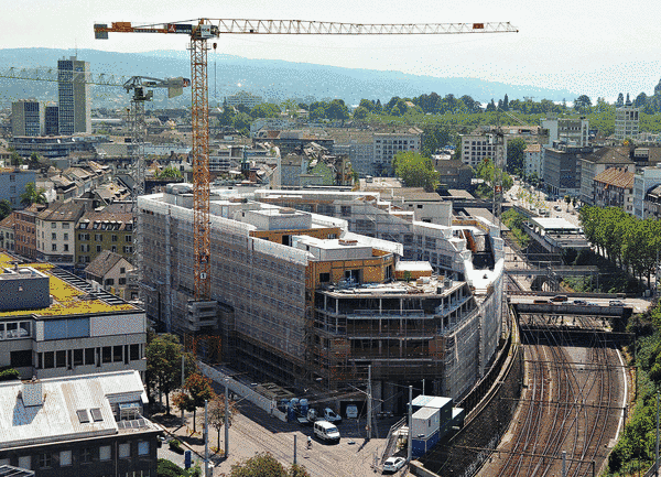 Residential and commercial building in Kalkbreite, Zurich